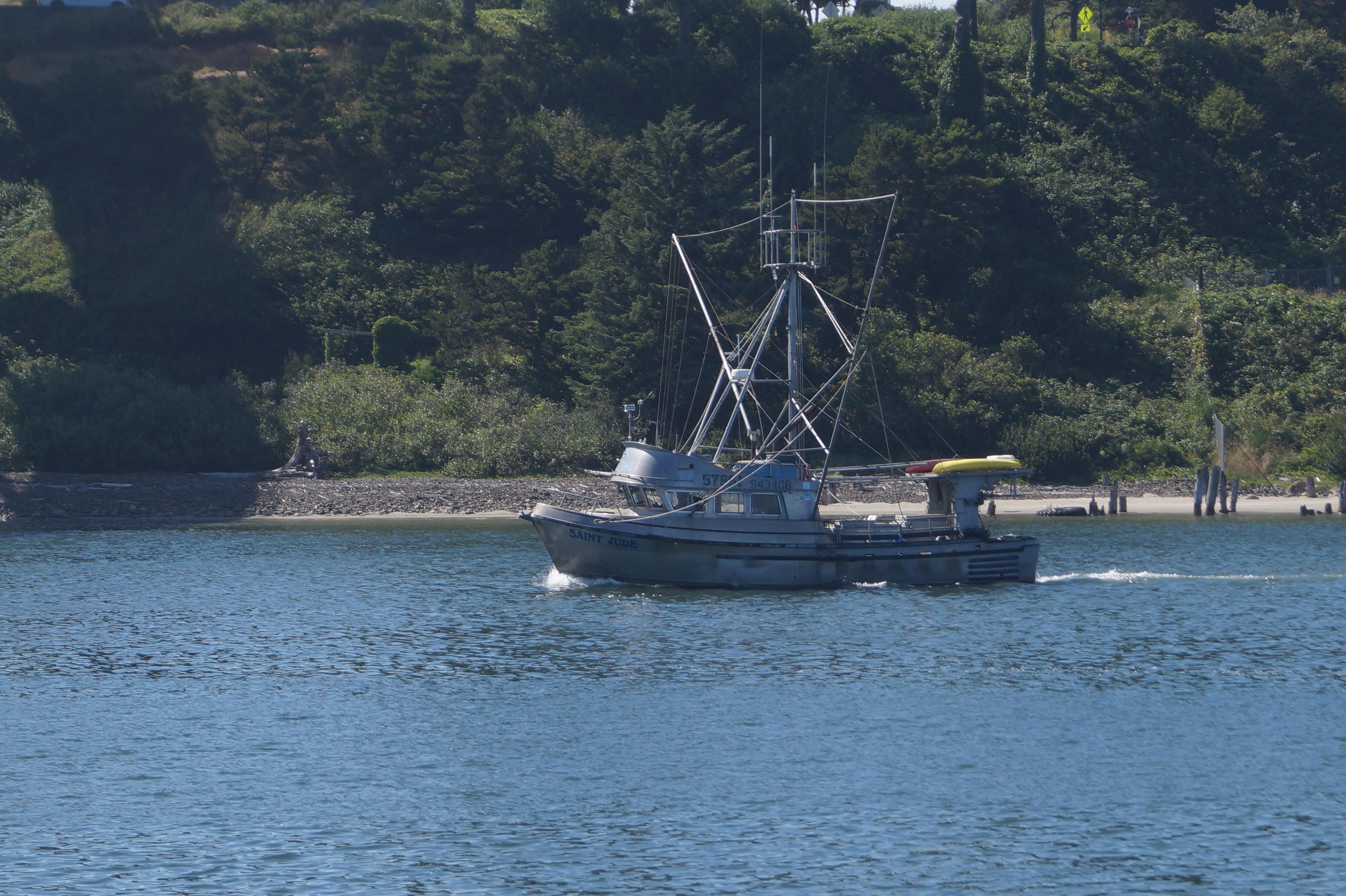 Newport oregon june 2014 mikeandmaureenrv for Newport oregon fishing charters