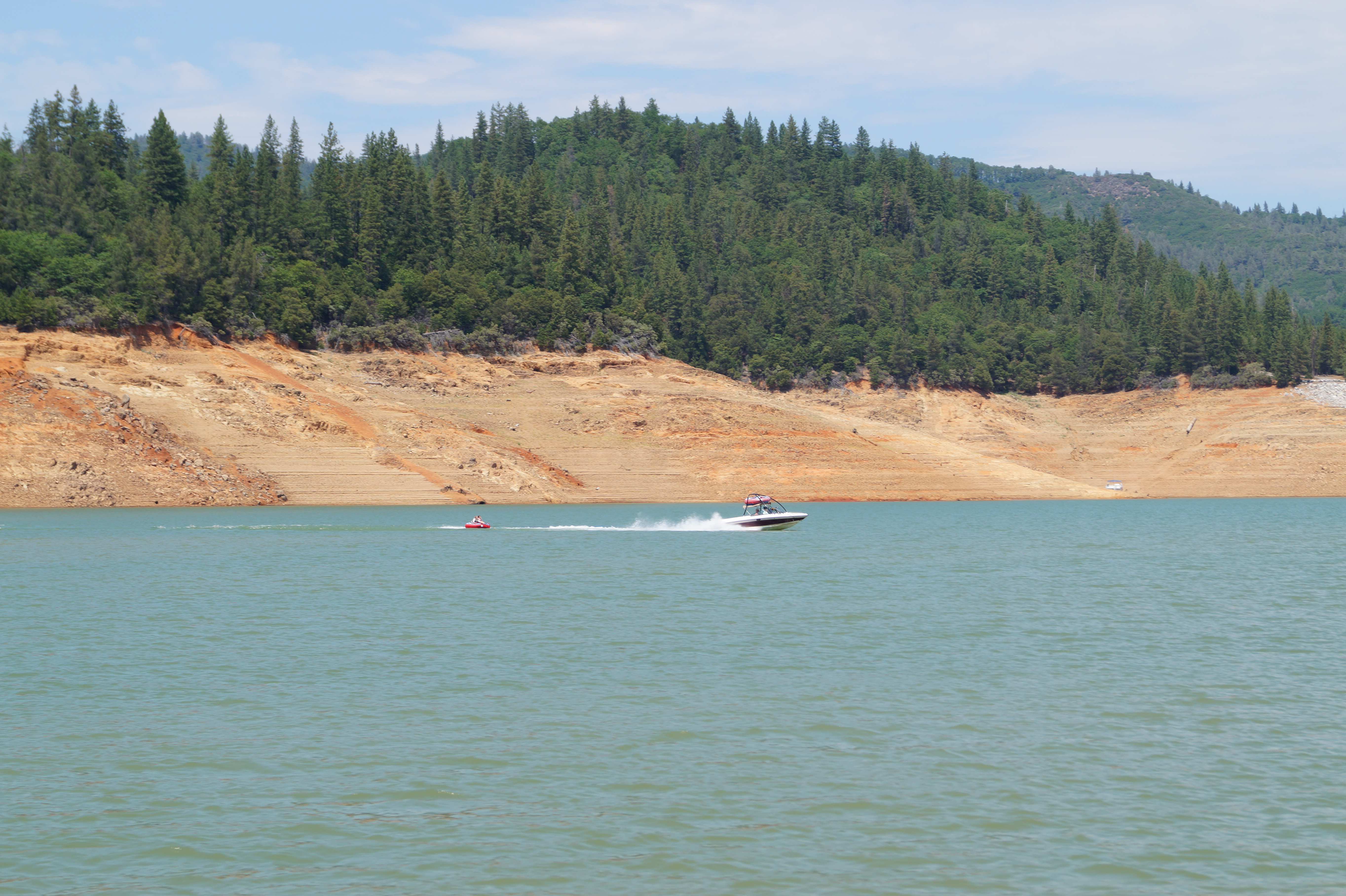 Right! seems lake shasta water level will